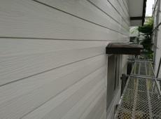 外壁塗装工事をしてます