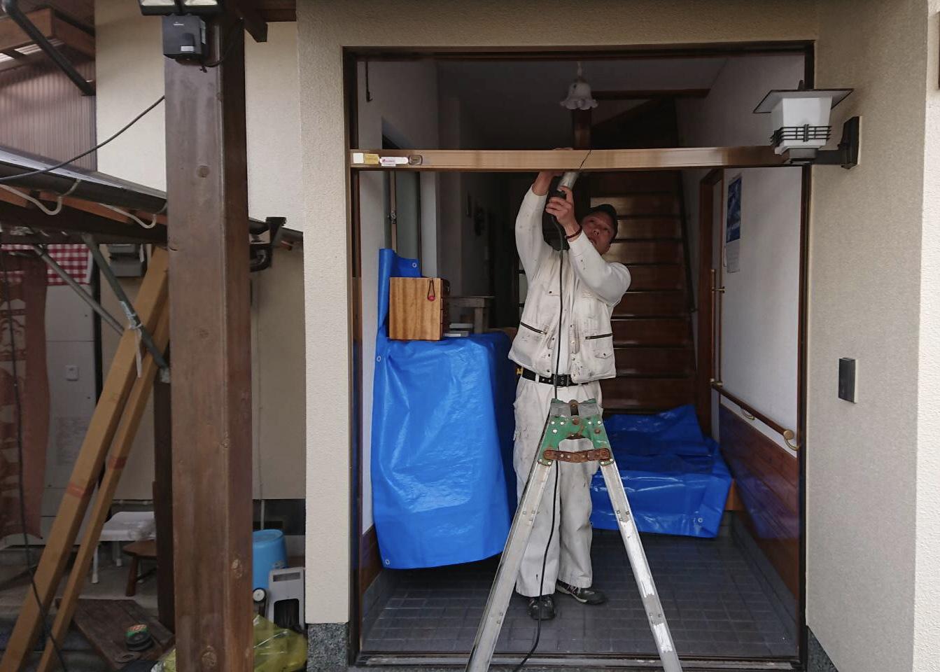 玄関ドア・リフォーム工事 工程2