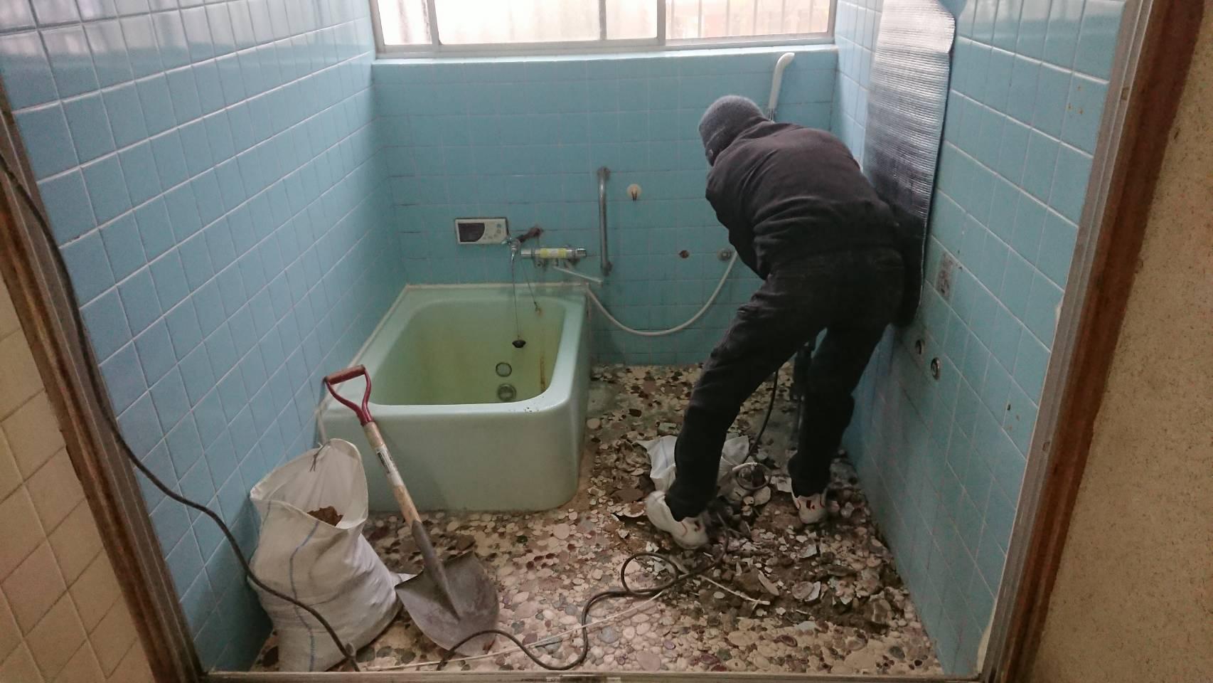 浴槽及び脱衣所改修工事 工程1